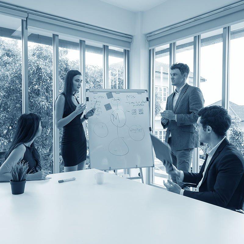 come motivare i tuoi dipendenti meeting